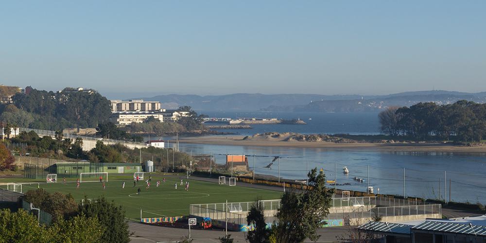 Santa María Del Mar A Coruña A Coruña Eibarsestaox Fútbol Barro Y Torretas